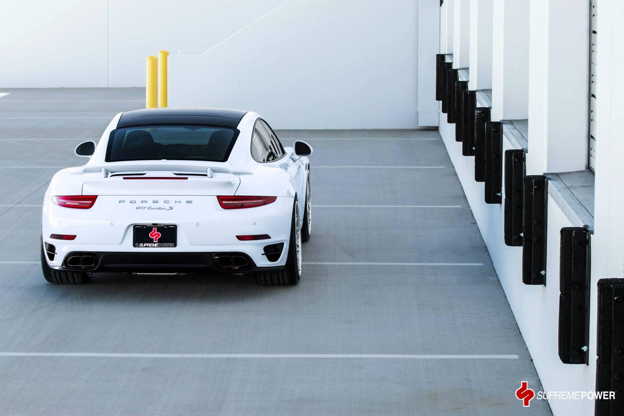 Porsche 911 Turbo S On Hre Classic Wheels Spells Retro