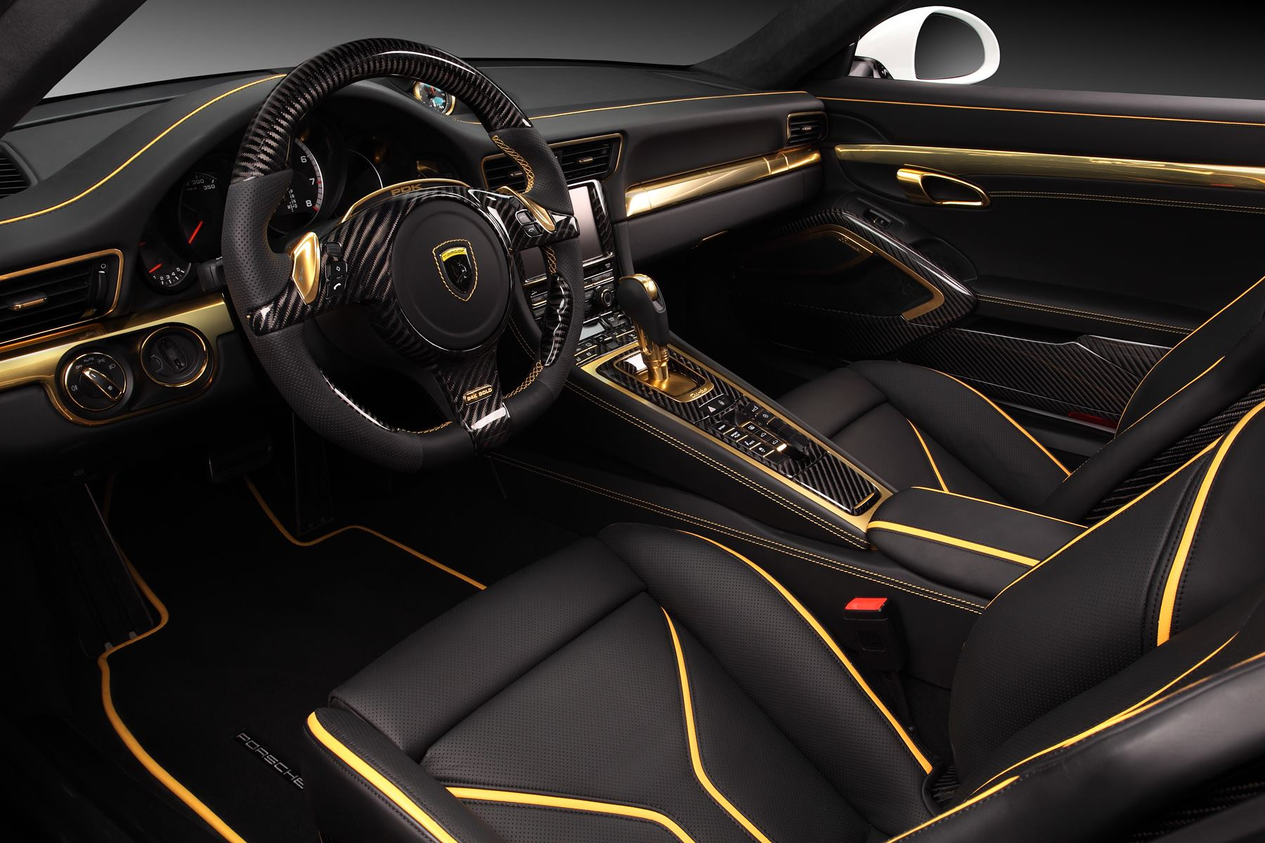 porsche 911 turbo stinger gtr by topcar has 24k gold interior autoevolution. Black Bedroom Furniture Sets. Home Design Ideas