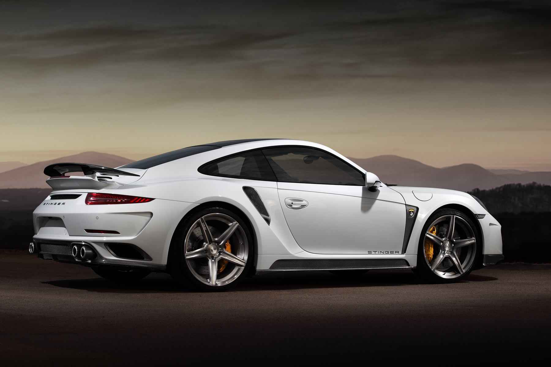 Tuningcars Porsche 911 Turbo Stinger Gtr By Topcar Has