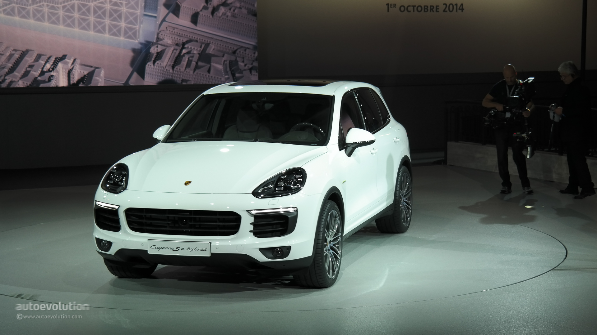 Porsche Cayenne Facelift 2015 New Look And Engines For