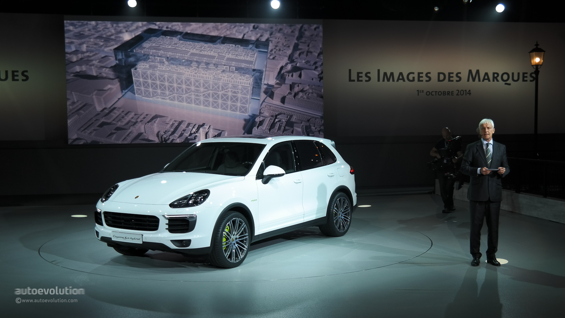 porsche cayenne facelift 2015 new look and engines for premium suv live photos autoevolution. Black Bedroom Furniture Sets. Home Design Ideas
