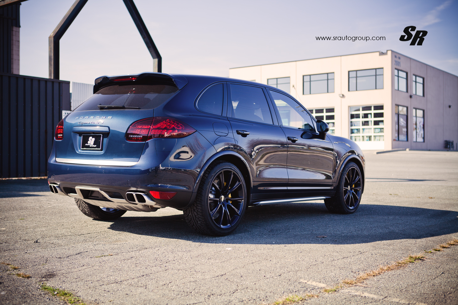 Porsche Cayenne Gets Bespoke Blue Bbs Rims Autoevolution
