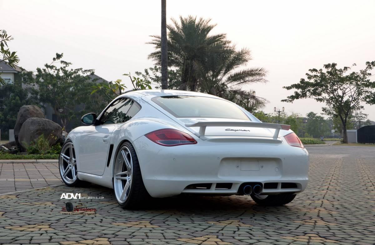 Porsche Cayman On Adv 1 Wheels Autoevolution