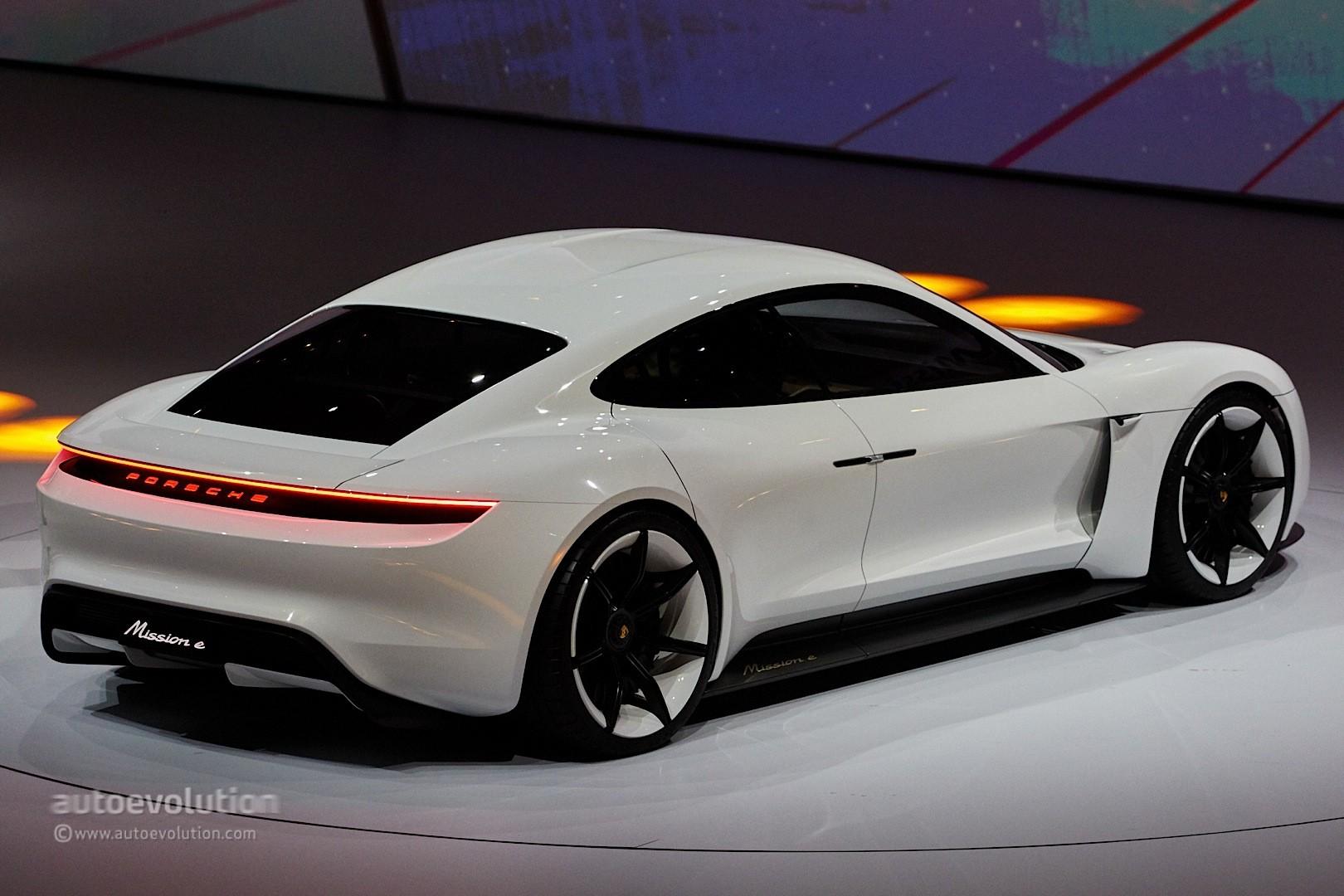 ... Porsche Mission E Concept
