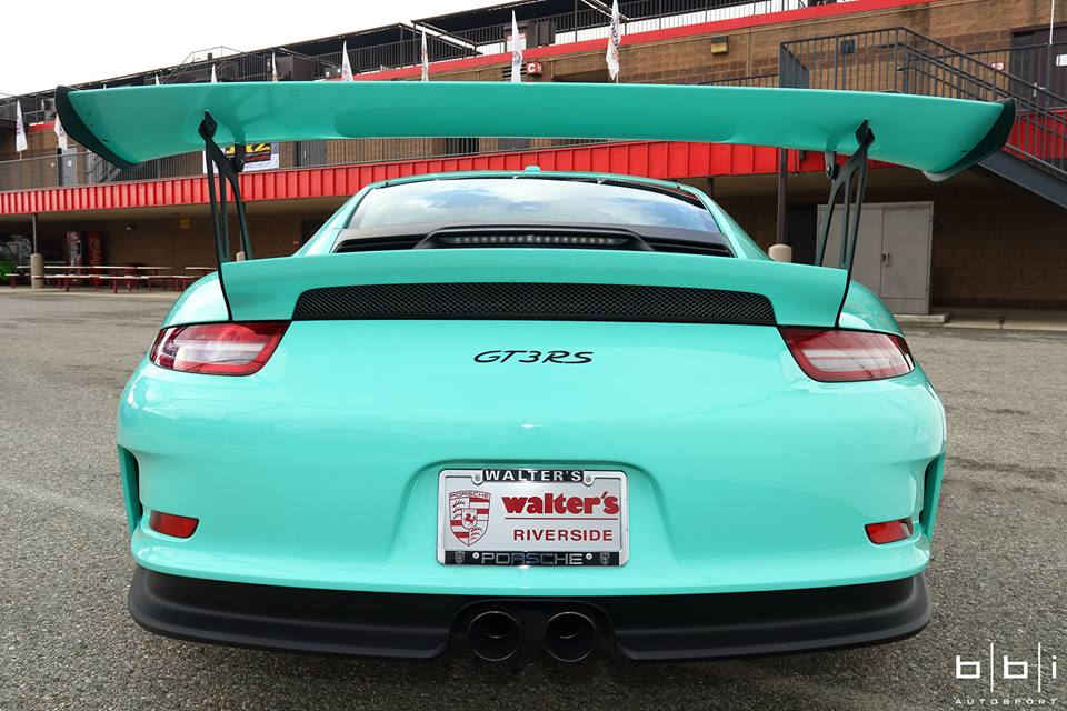 Porsche Exclusive Paint To Sample 911 Gt3 Rs The Tiffany Blue Lookalike Autoevolution