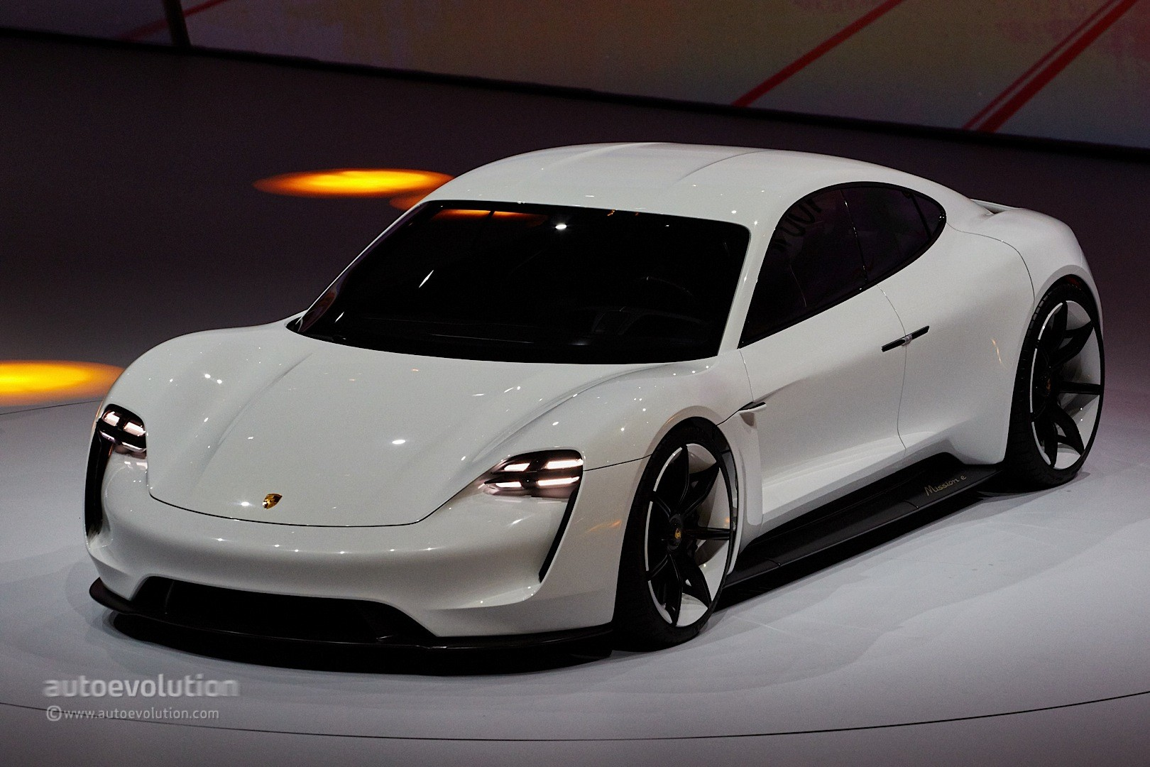 Porsche Mission E To Get Competitive 85 000 Starting