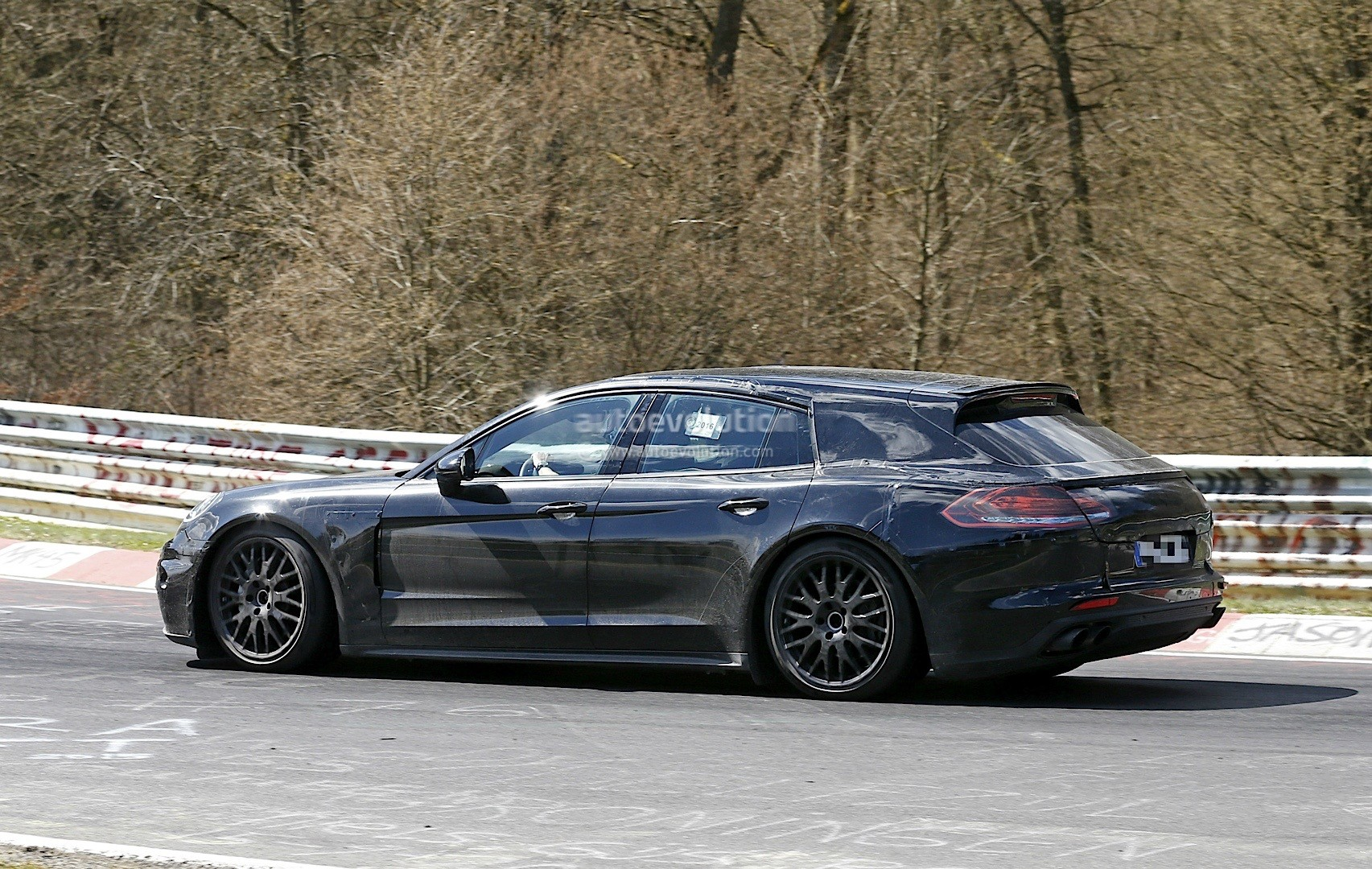 porsche panamera sport turismo confirmed to debut at 2016 paris motor show autoevolution. Black Bedroom Furniture Sets. Home Design Ideas