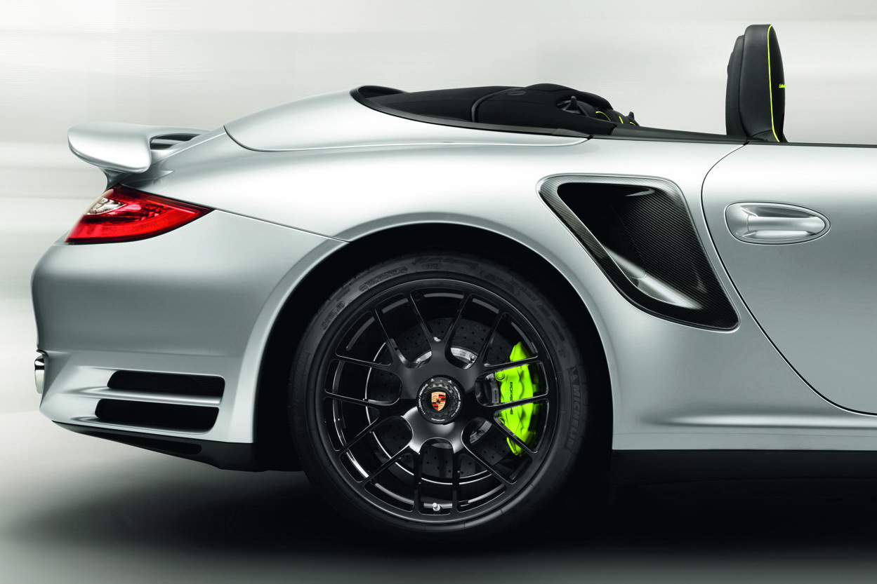 porsche reveals 911 turbo s 39 edition 918 spyder. Black Bedroom Furniture Sets. Home Design Ideas