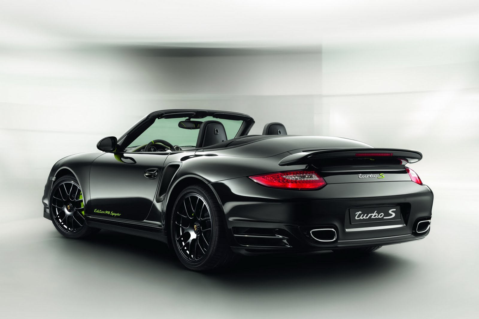 Bmw Motorcycle Parts >> Porsche Reveals 911 Turbo S 'Edition 918 Spyder ...