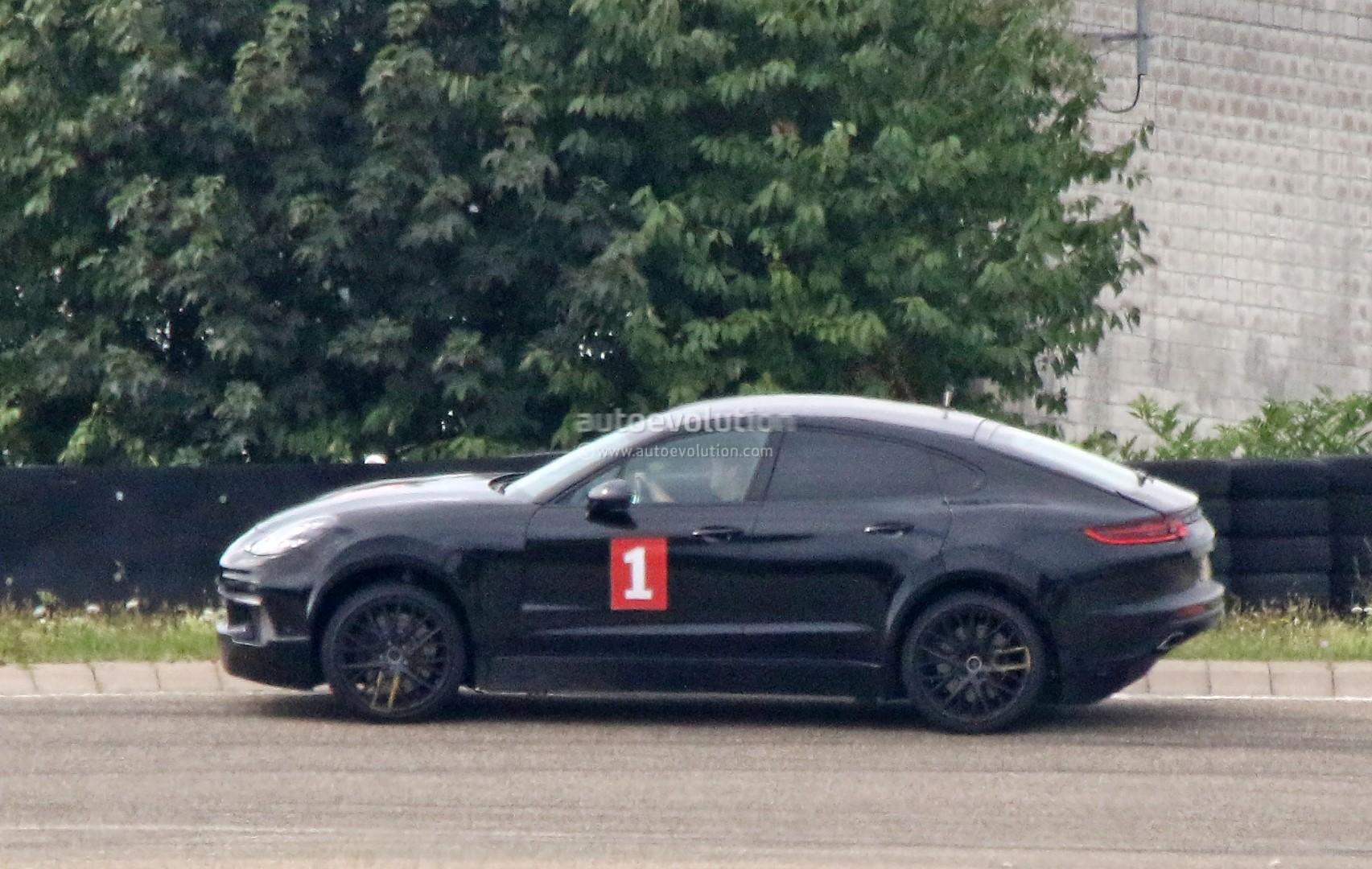 porsche-sahara-suv-coupe-makes-spyshot-debut-as-lifted-panamera-test-car_8