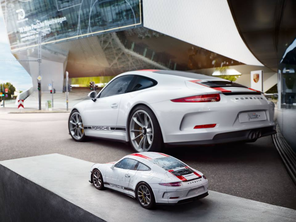 porsche secretly built a 911 r 3d puzzle with ravensburger. Black Bedroom Furniture Sets. Home Design Ideas