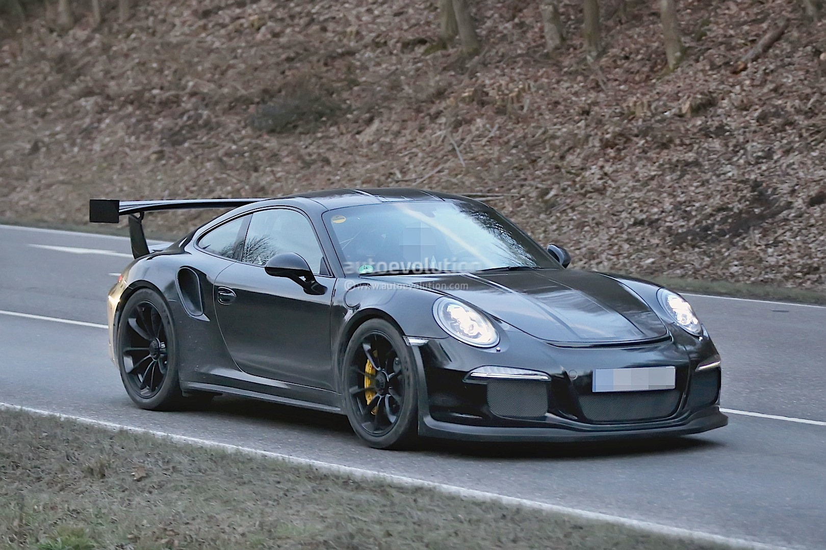 porsche spied testing new 911 gt2 autoevolution. Black Bedroom Furniture Sets. Home Design Ideas