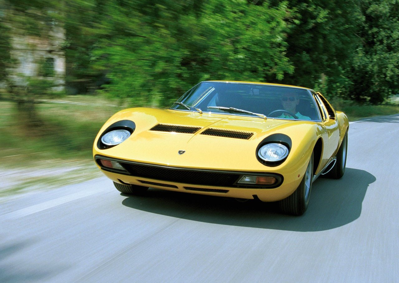 Very Accurate Lamborghini Miura Replica Shows Up At 2015