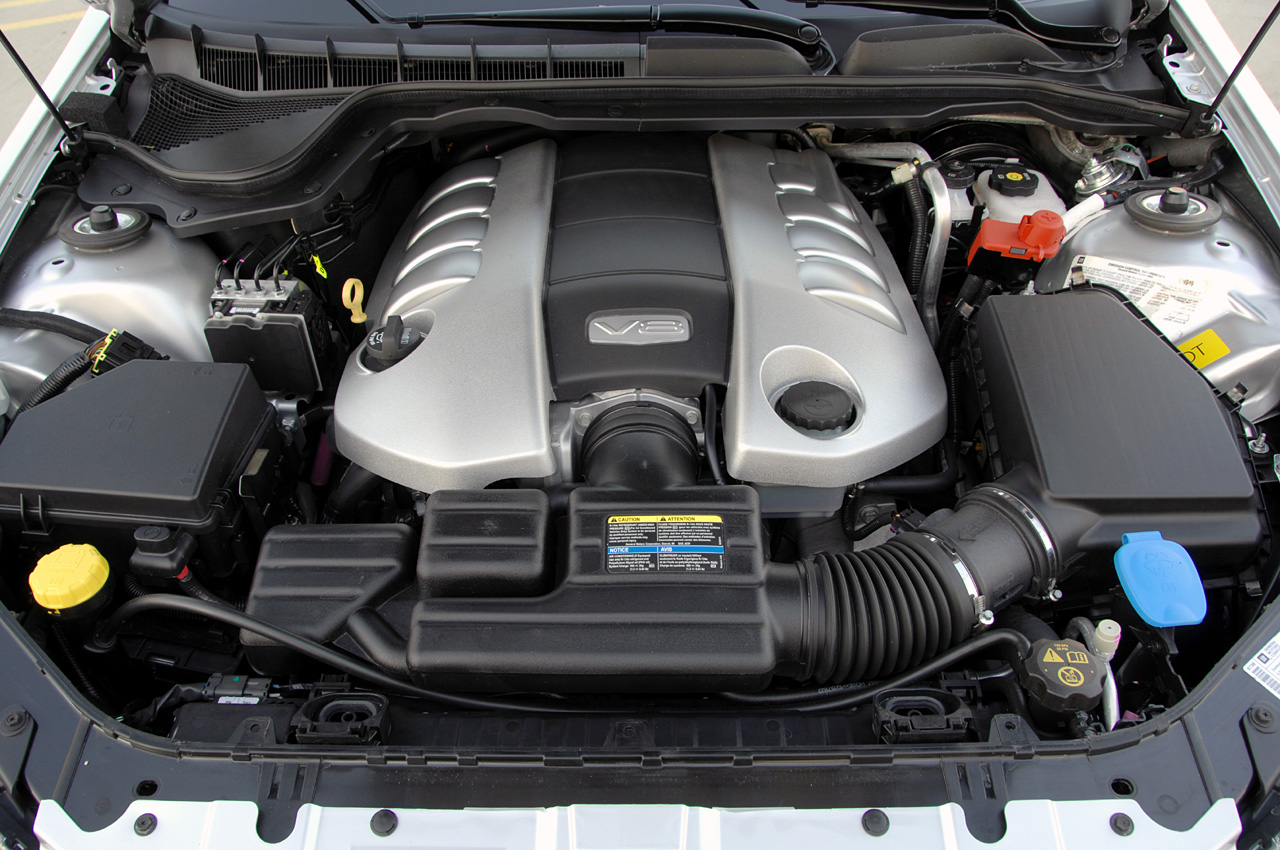 pricing for the pontiac g8 gxp has just been released autoevolution r8 v8 engine pontiac g8 gxp