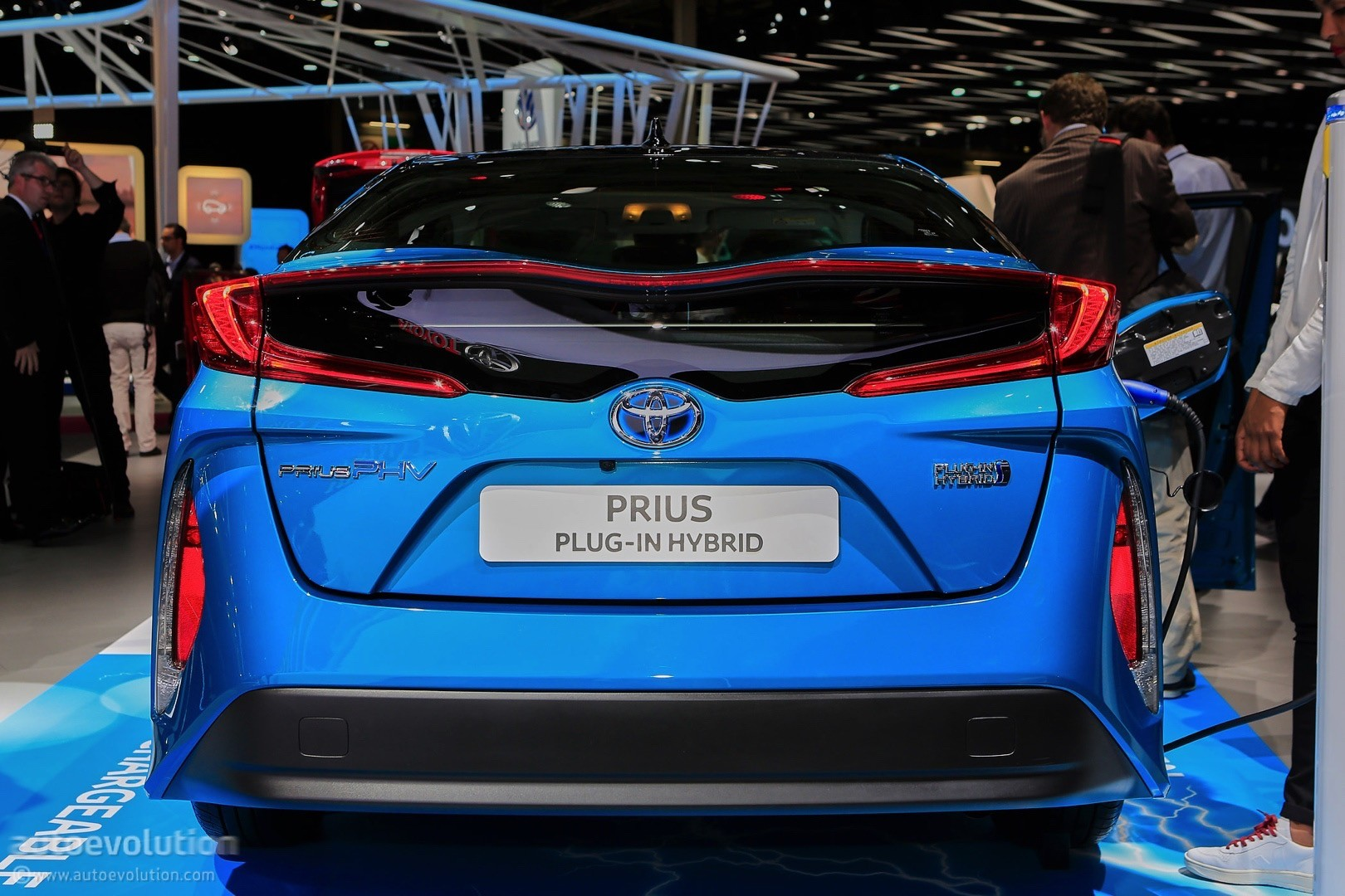 2017 Toyota Prius Plug In Hybrid Gets Different Name For