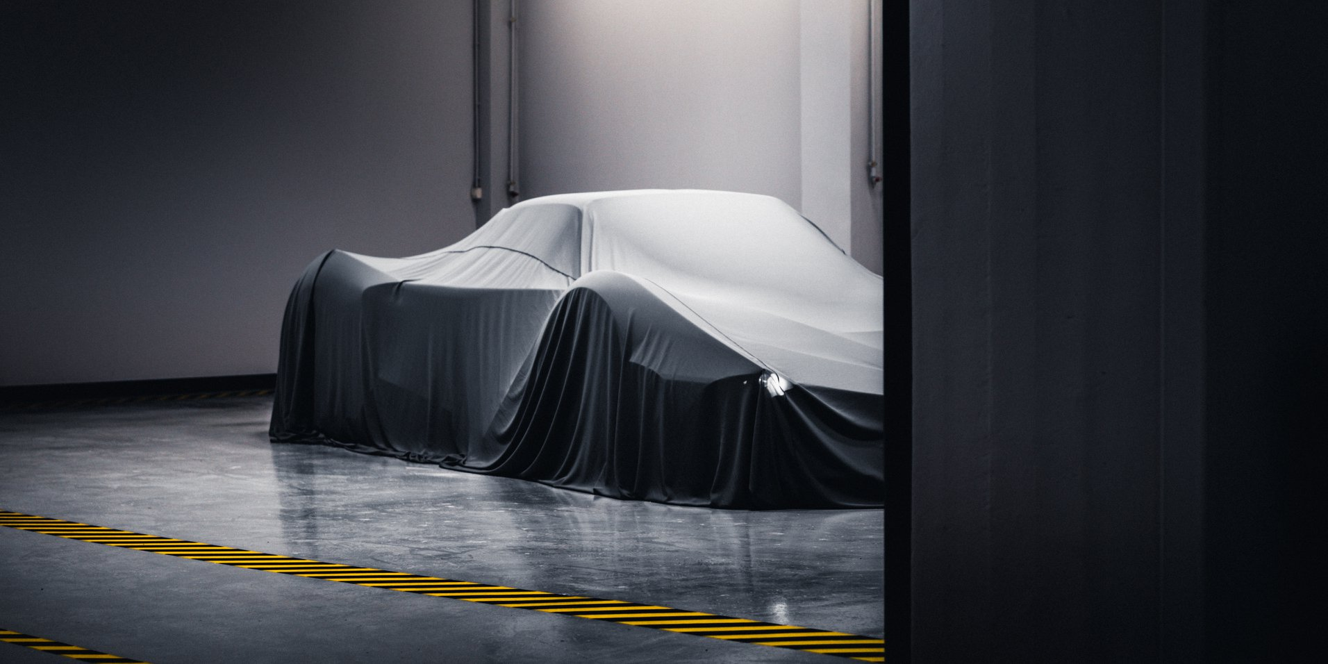 [Actualité] Les petits constructeurs et les artisans  - Page 43 Project-chaos-twin-turbo-v10-ultra-car-with-3000-hp-teased-comes-from-greece_1