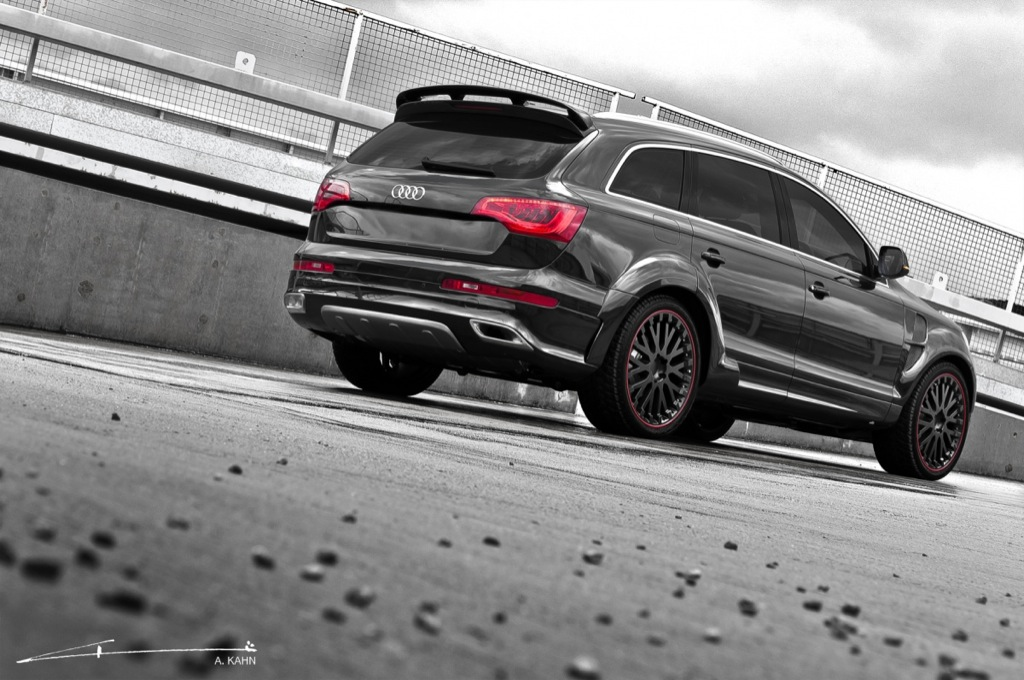Project Kahn Audi Q7 in Black and White Is Here - autoevolution