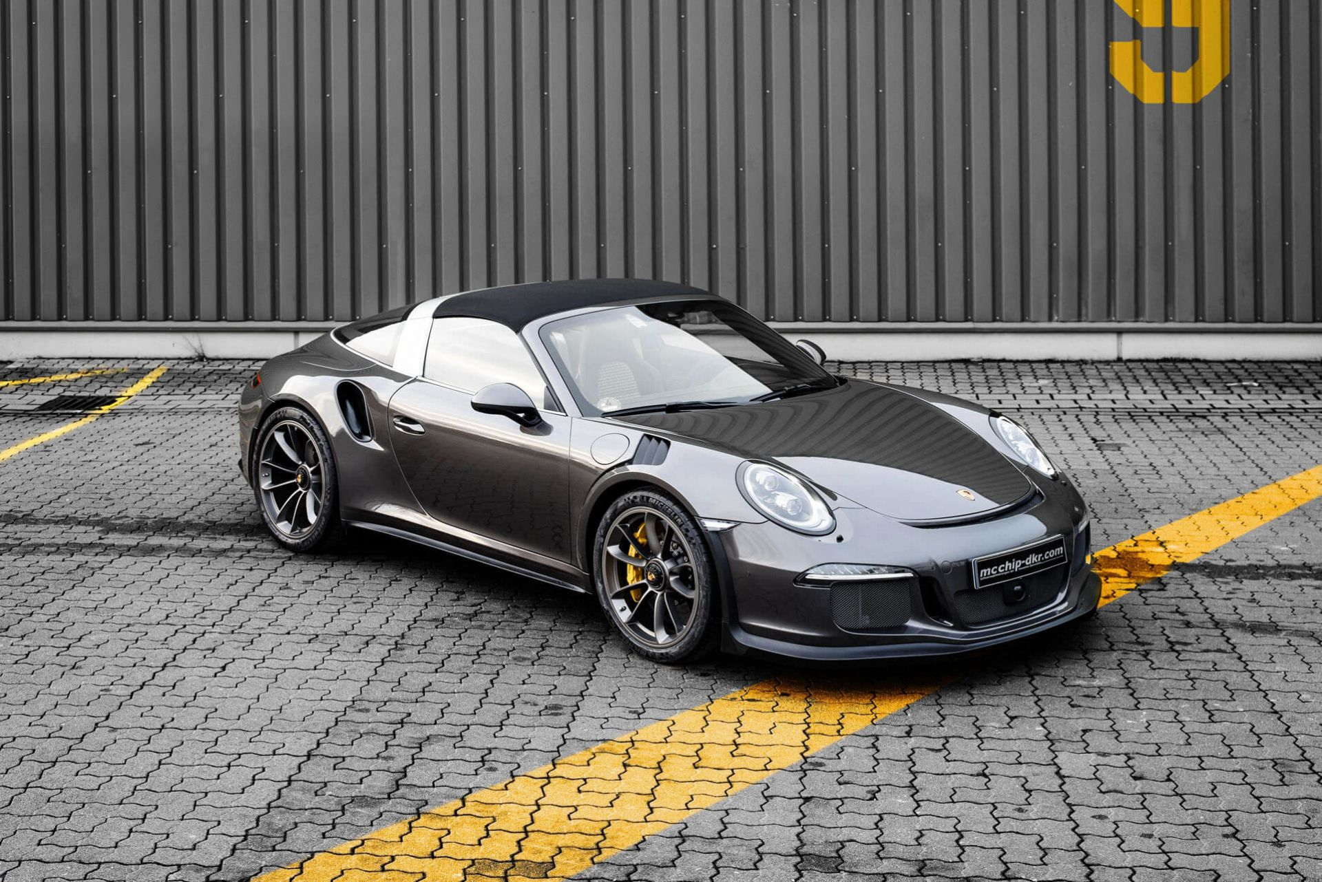 991 2 Porsche 911 Targa 4 Gts Gets The 991 1 Gt3 Rs