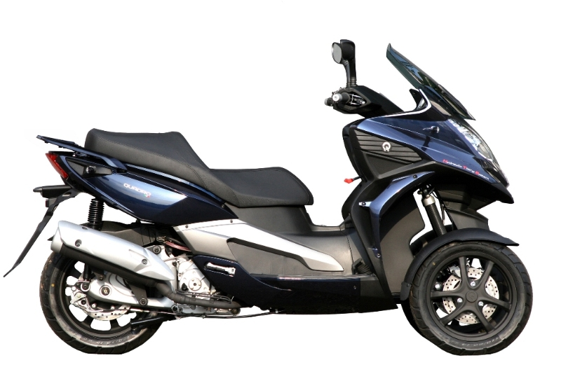 quadro 350 s 3 wheel scooter now available price announced autoevolution. Black Bedroom Furniture Sets. Home Design Ideas
