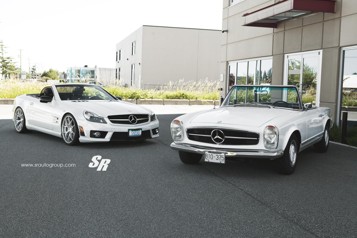 R230 Mercedes SL 63 AMG Meets the Classic 230SL - autoevolution