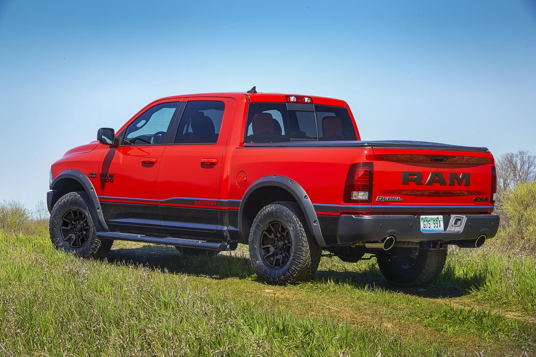 Wonderful Mopar Spruces Up The 2016 Ram Rebel  Autoevolution