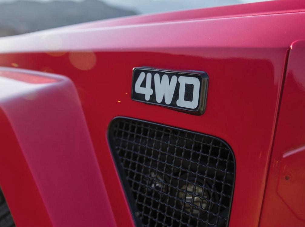 Lamborghini LM002 4WD