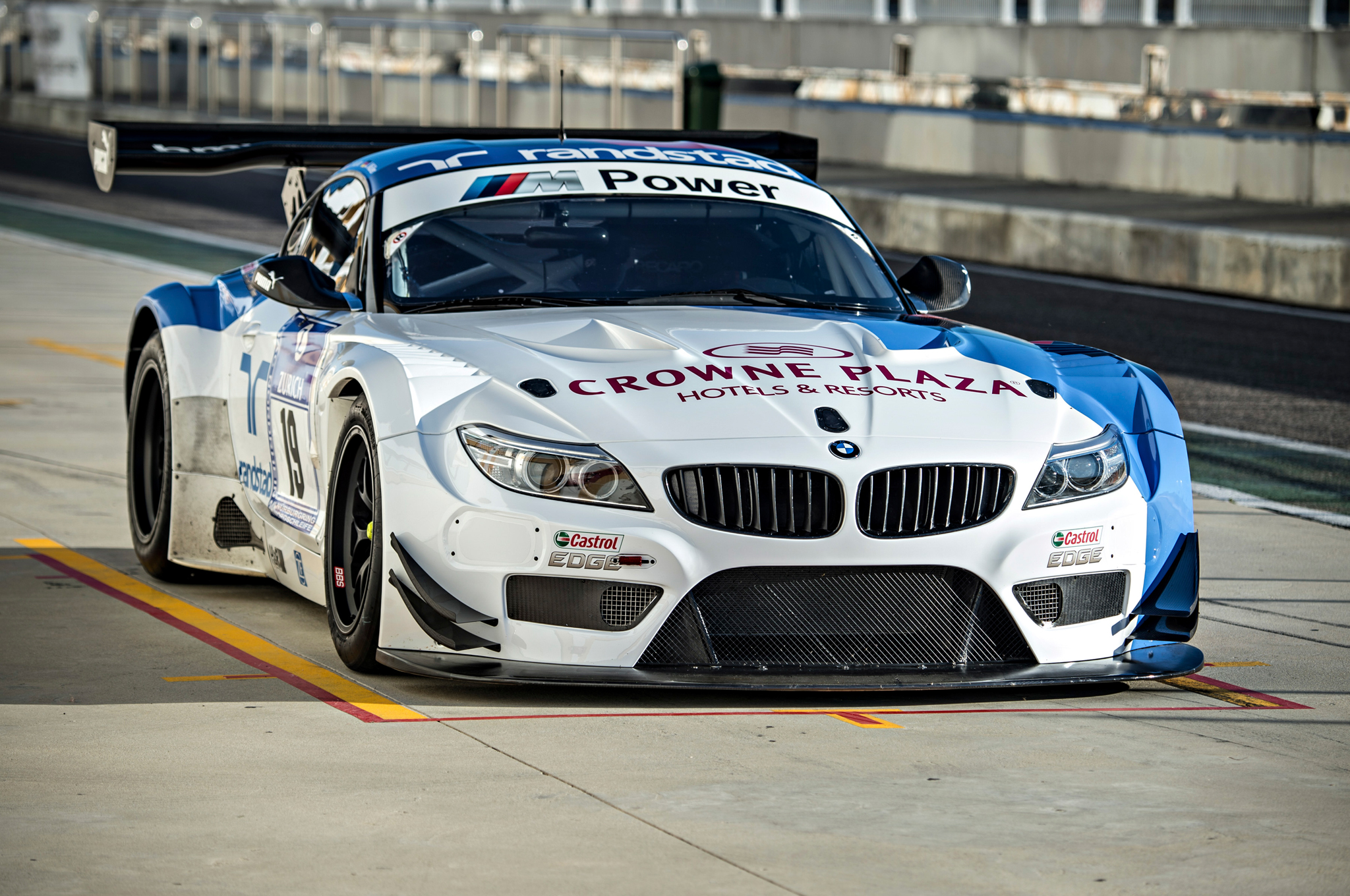 Randy Pobst Drives The Dtm Bmw M3 And Z4 Gt3 Autoevolution
