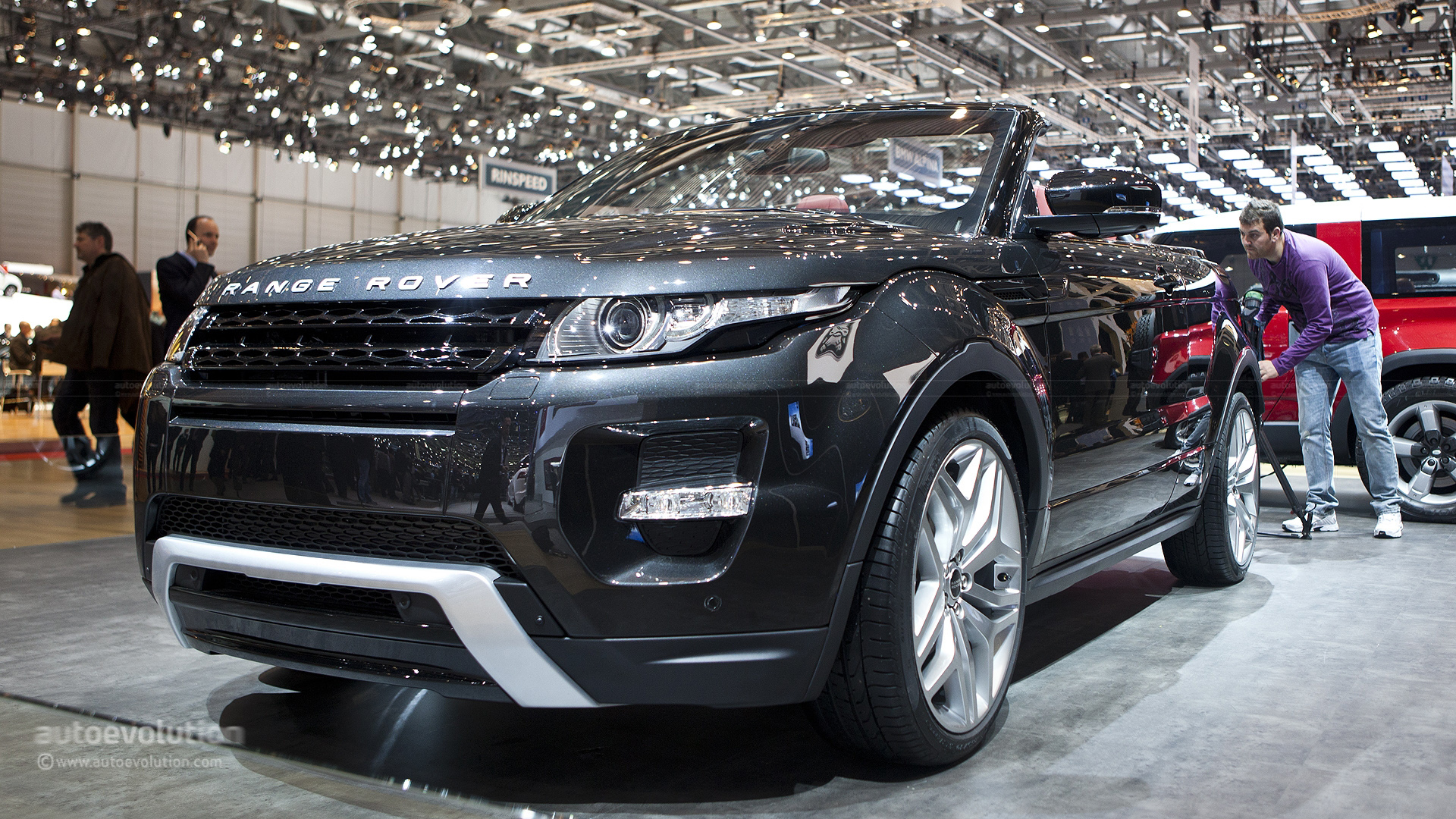 range rover evoque cabrio could be ready in 2015 autoevolution. Black Bedroom Furniture Sets. Home Design Ideas