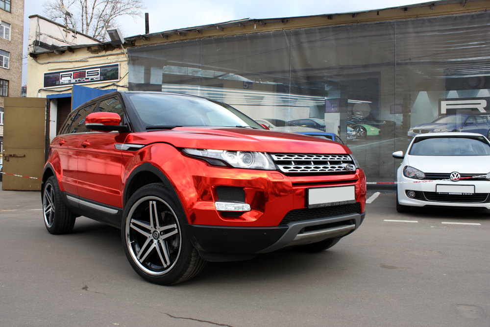 Range Rover Evoque Gets The Red Chrome Treatment In Russia