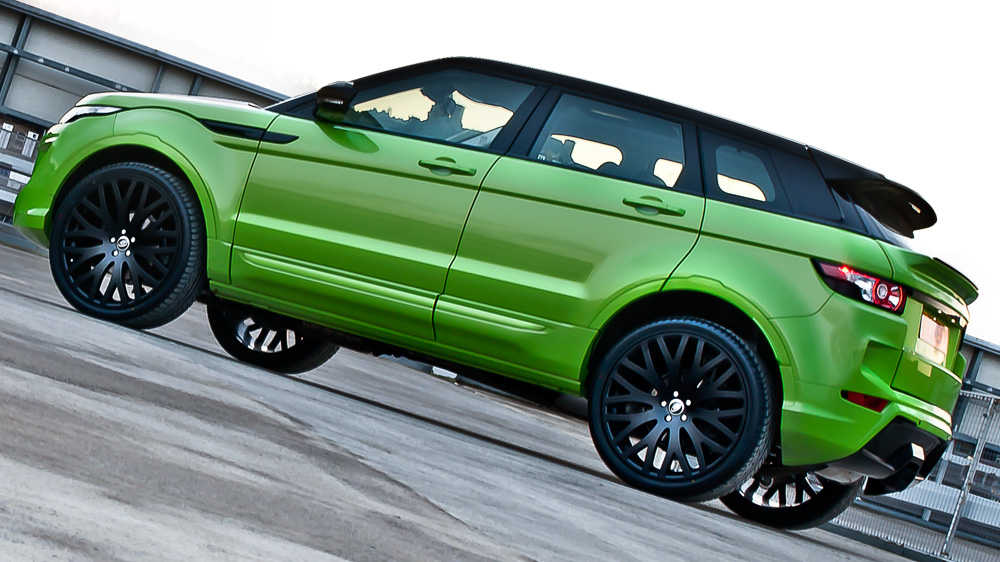 range rover evoque in lamborghini green pearl by kahn. Black Bedroom Furniture Sets. Home Design Ideas