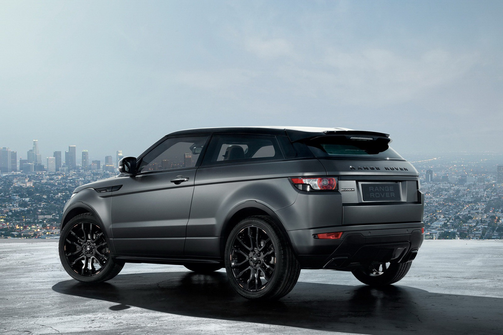 range rover evoque victoria beckham edition autoevolution. Black Bedroom Furniture Sets. Home Design Ideas