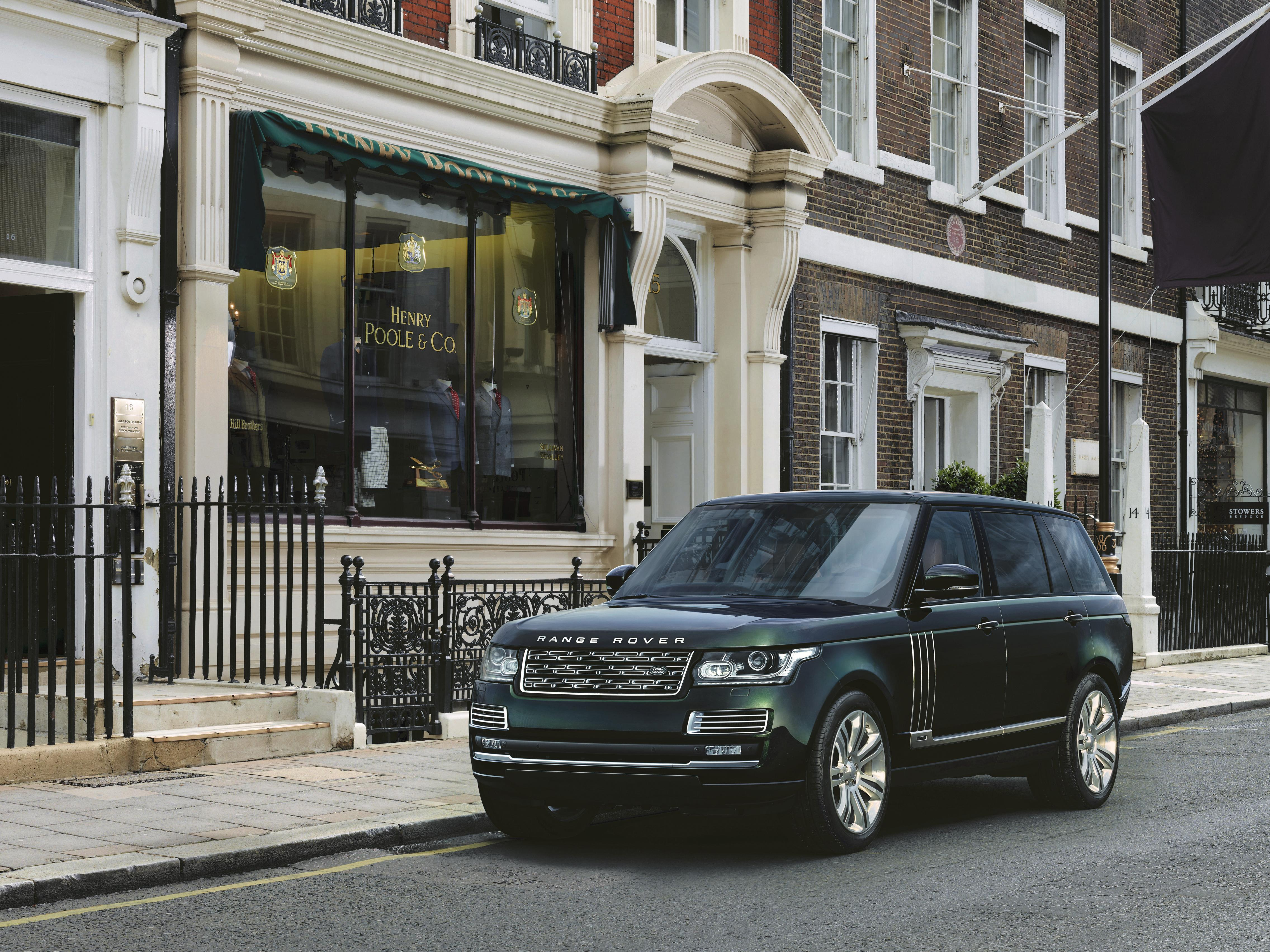 Range Rover Ultra-Luxury Model Will Purportedly Debut at the 2015 New York Auto Show - autoevolution