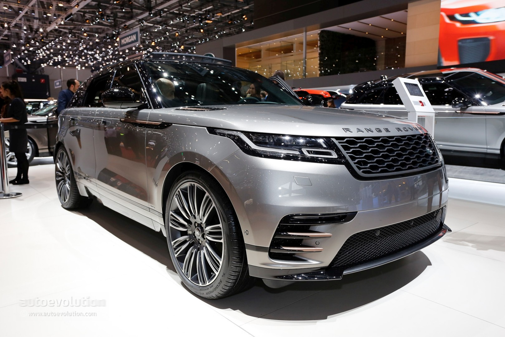 range rover velar convertible rendering looks like a luxury boat autoevolution. Black Bedroom Furniture Sets. Home Design Ideas