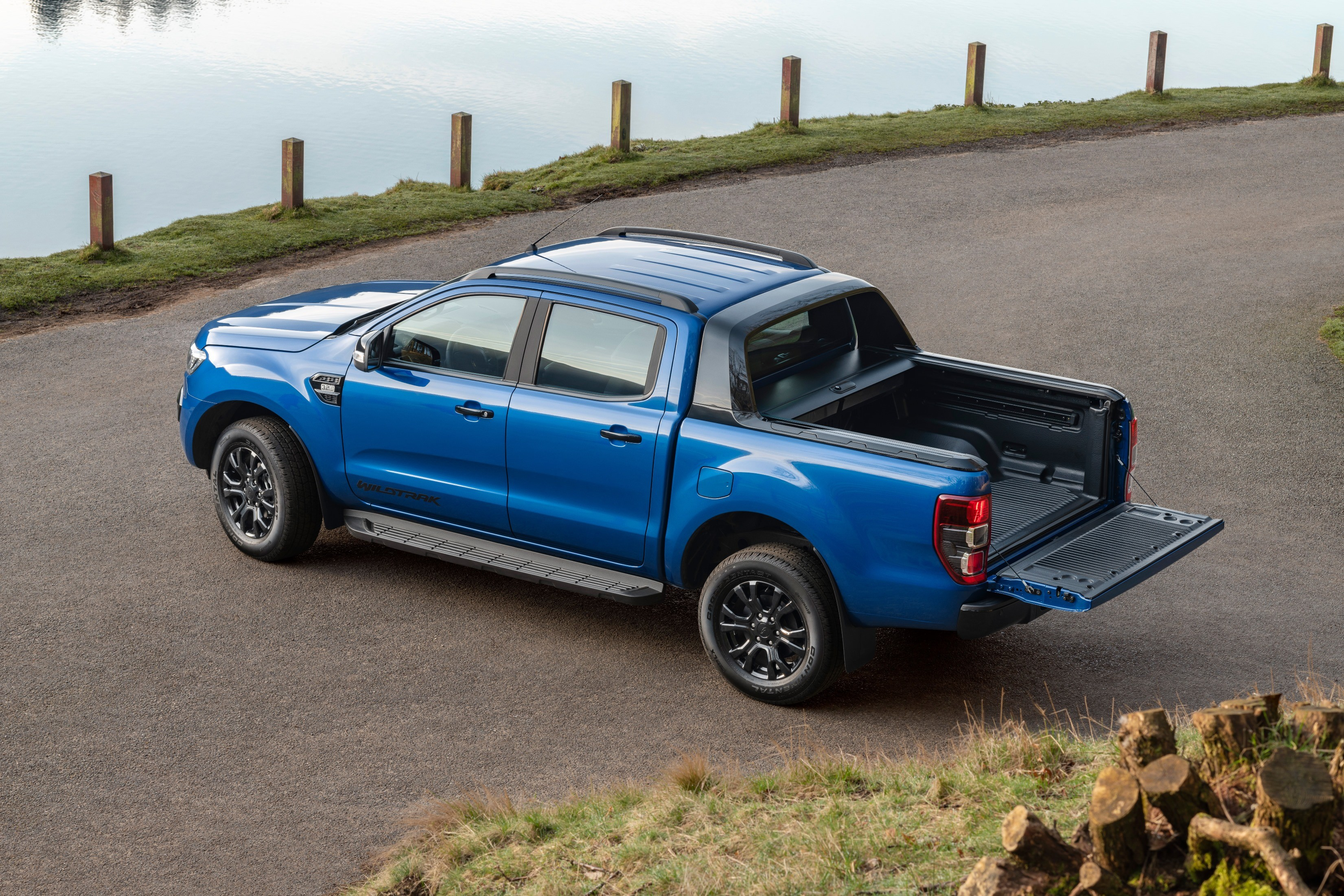 2018 ford ranger wildtrak x is dressed to impress. Black Bedroom Furniture Sets. Home Design Ideas