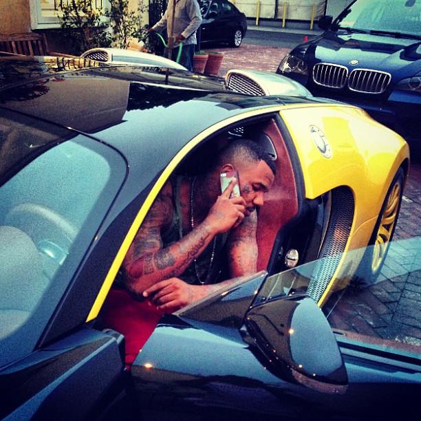 Rapper The Game Shows Off New Bugatti Veyron Autoevolution