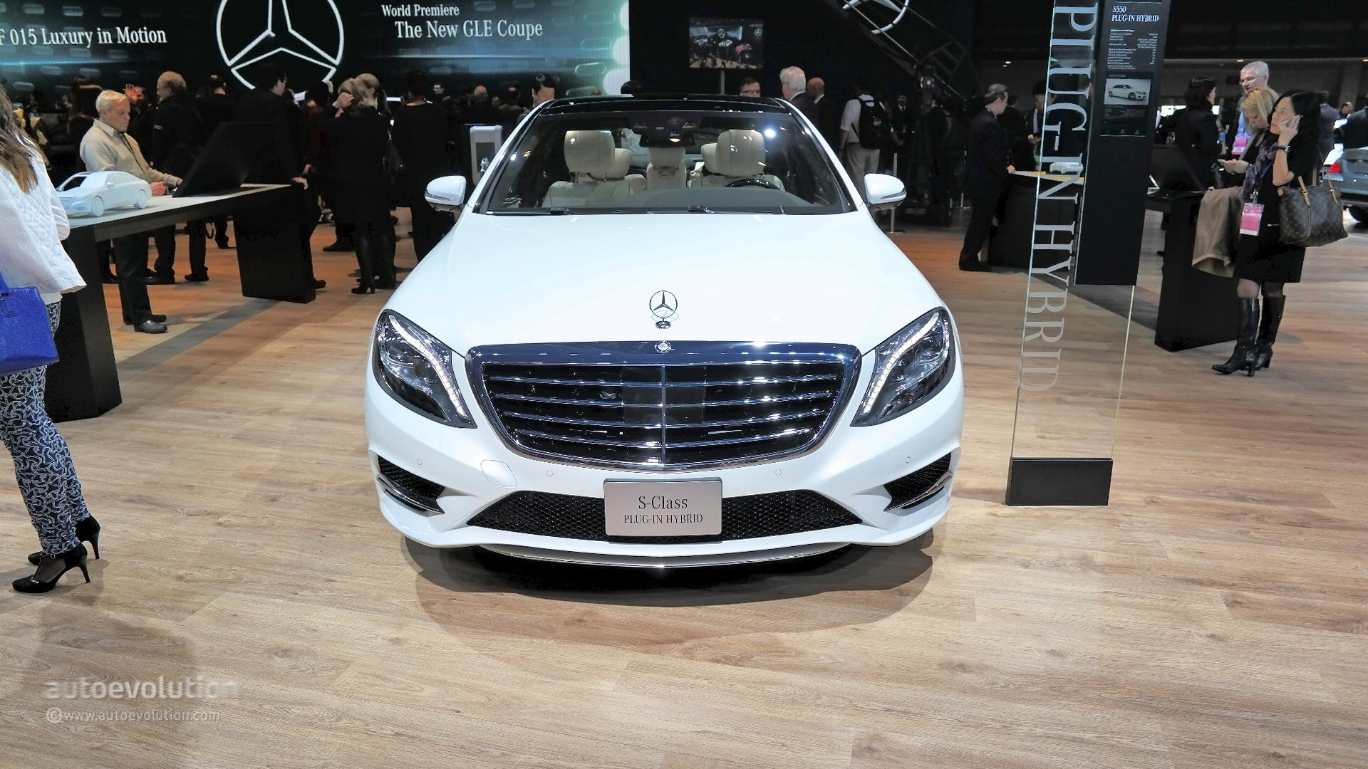 Rapper T.I. Shells Out $225K on Custom Mercedes-Benz S Cabriolet for ...