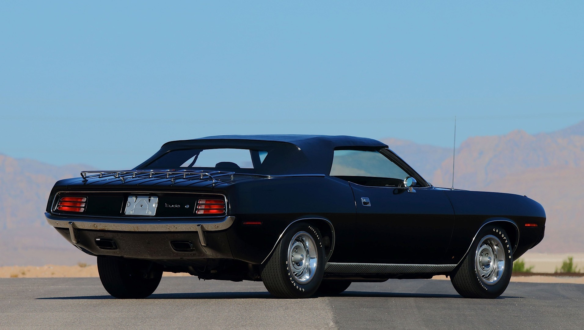 2015 Dodge Barracuda >> Rare 1970 Plymouth Hemi Cuda Convertible Going Under the Hammer, Could Fetch $2-3 Million ...