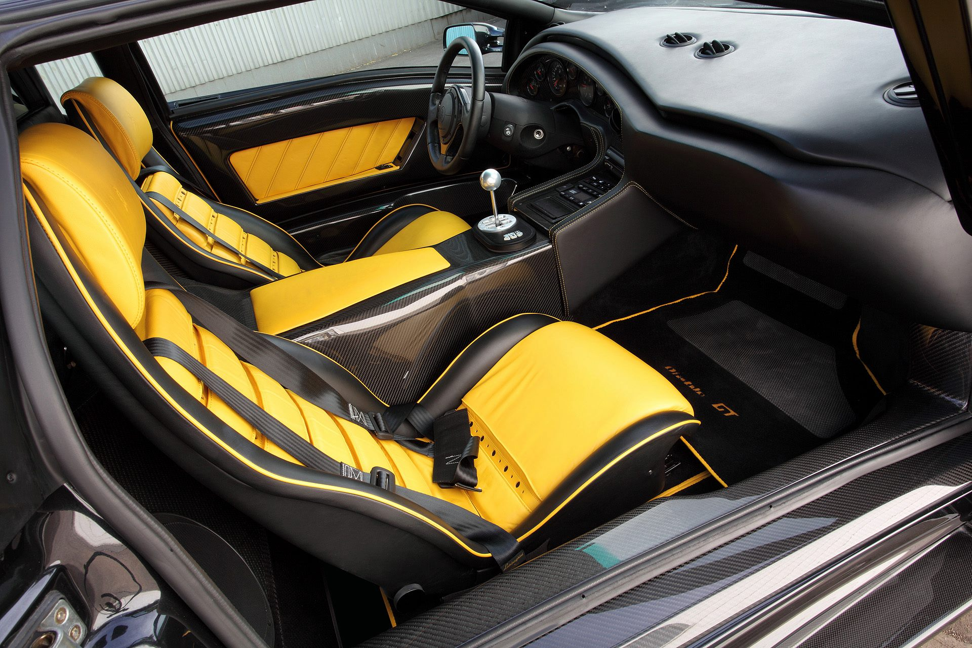 Rare Lamborghini Diablo Gt Gets Carbon Fiber Accents From Topcar