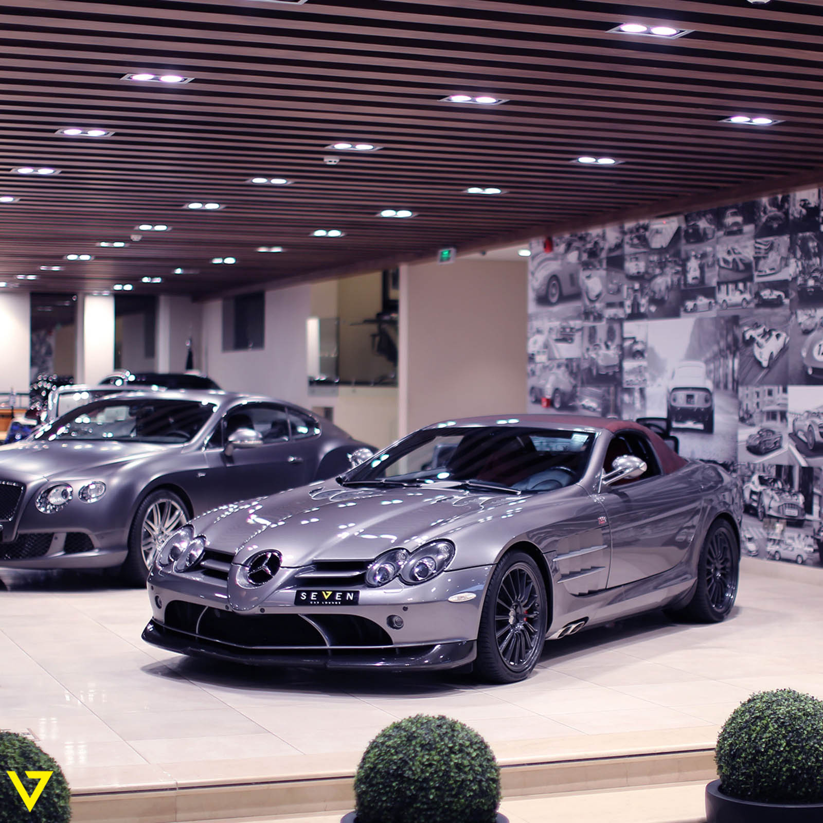 rare mercedes benz slr mclaren roadster 722 s could be yours for 745 000 autoevolution. Black Bedroom Furniture Sets. Home Design Ideas