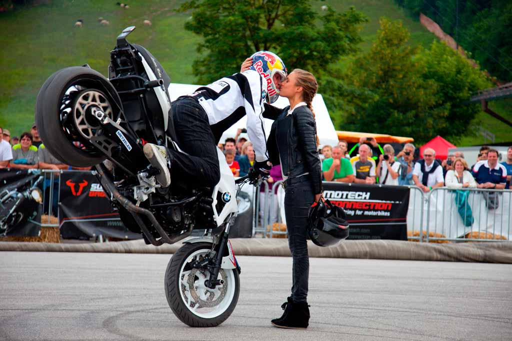 Record Attendance At The 2013 Bmw Motorrad Days