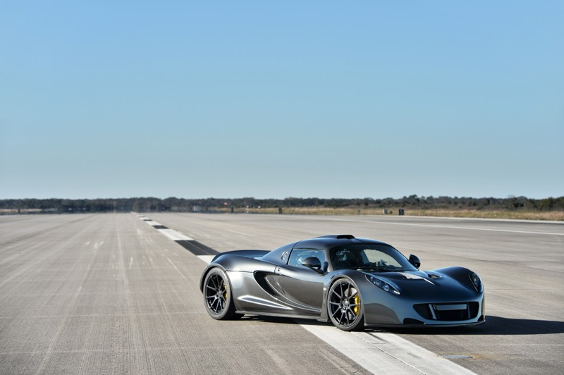 record breaking hennessey venom gt on sale for 1 4 million autoevolution. Black Bedroom Furniture Sets. Home Design Ideas