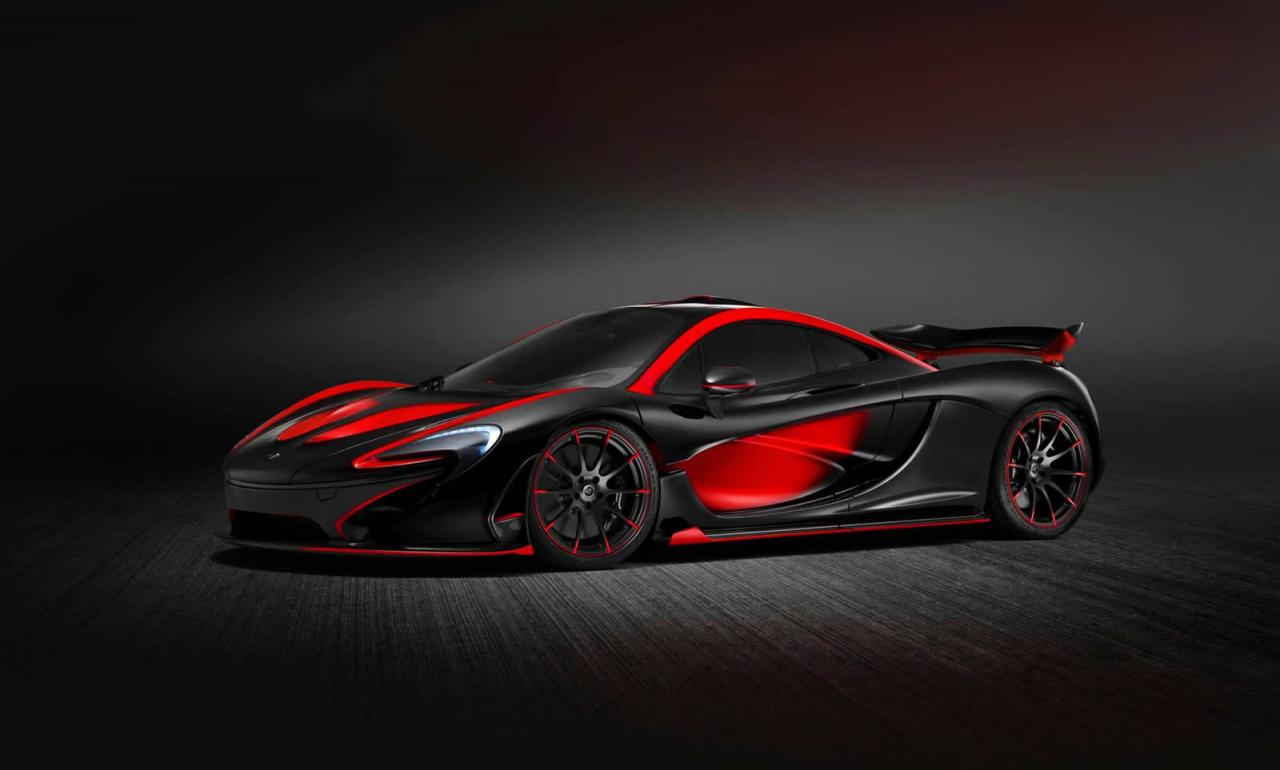 red and black is the standard mso uniform for this mclaren