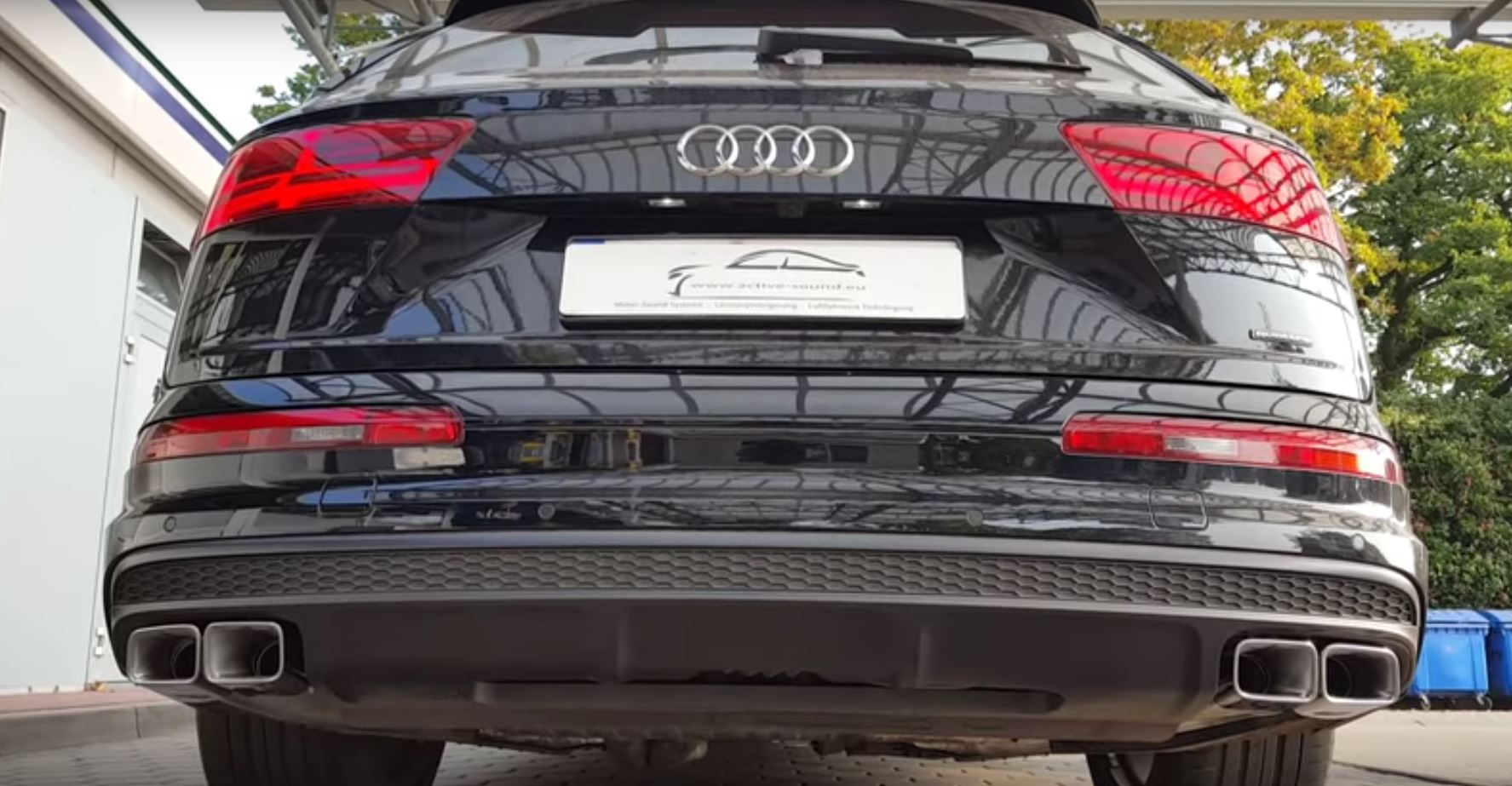 Regular Audi Q7 Gets the SQ7's Active Exhaust System, Sounds