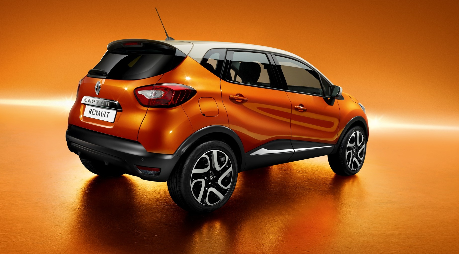 renault captur officially revealed autoevolution. Black Bedroom Furniture Sets. Home Design Ideas