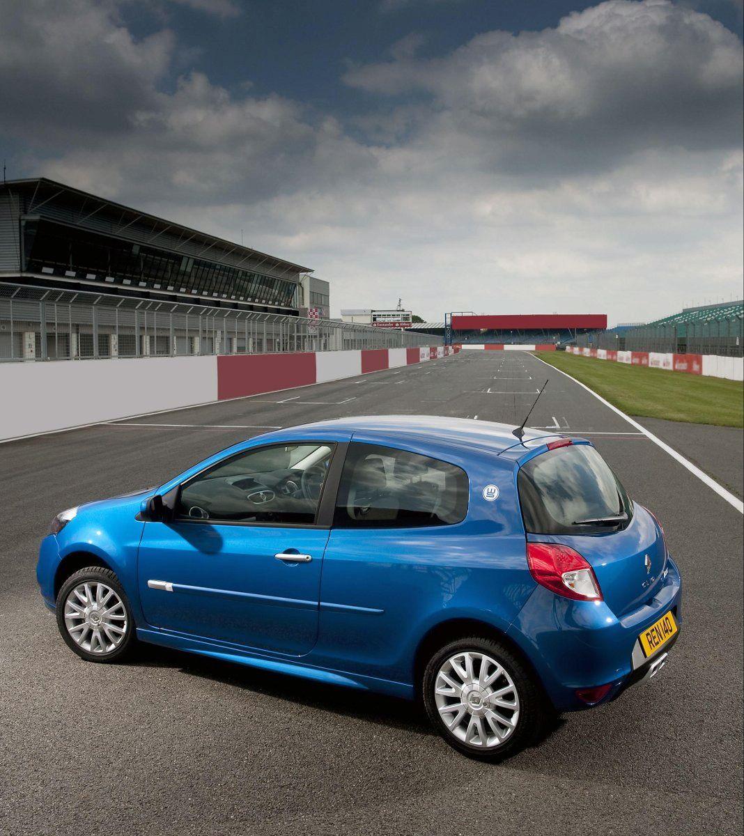 Renault Clio and Megane World Series - autoevolution