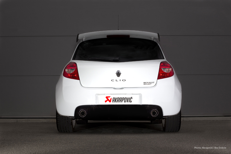 renault clio rs receives akrapovic exhaust autoevolution. Black Bedroom Furniture Sets. Home Design Ideas