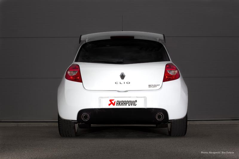 renault clio rs receives akrapovic exhaust autoevolution. Black Bedroom Furniture Sets. Home Design Ideas