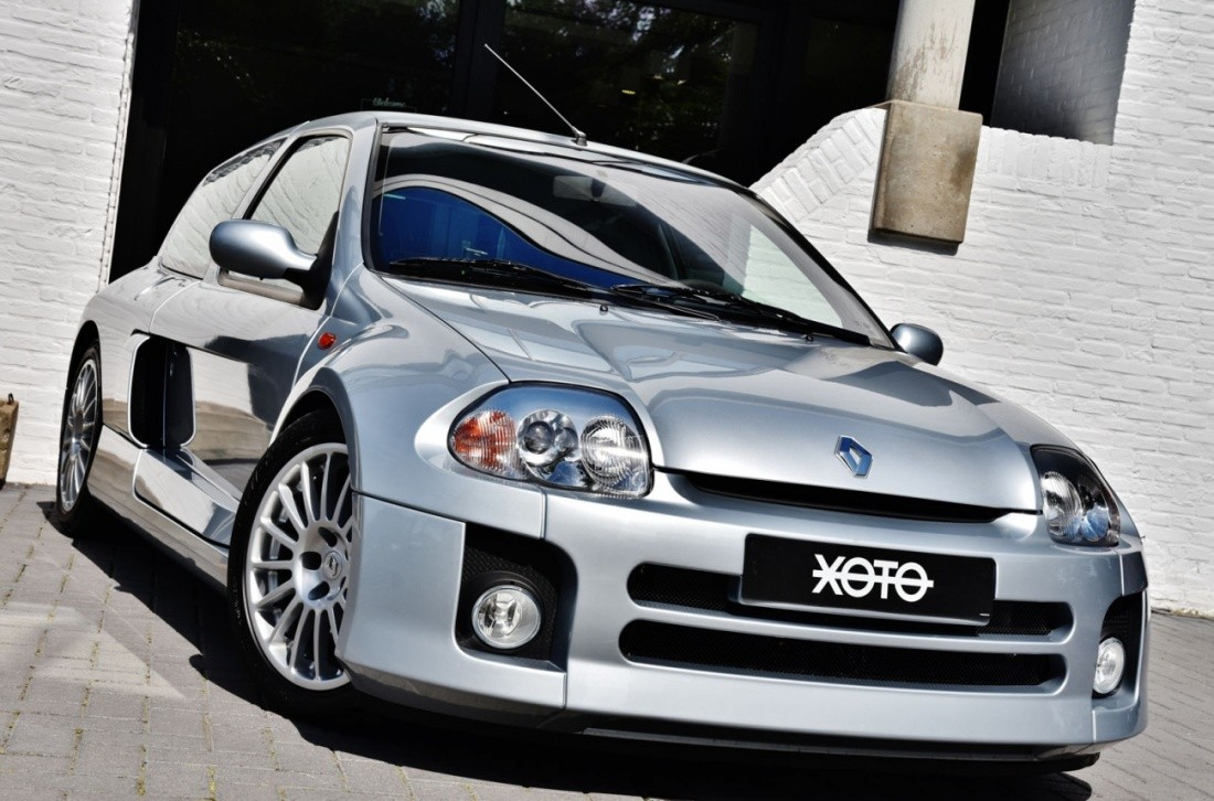 Renault Clio V6 Rs In Pristine Condition Could Be Yours
