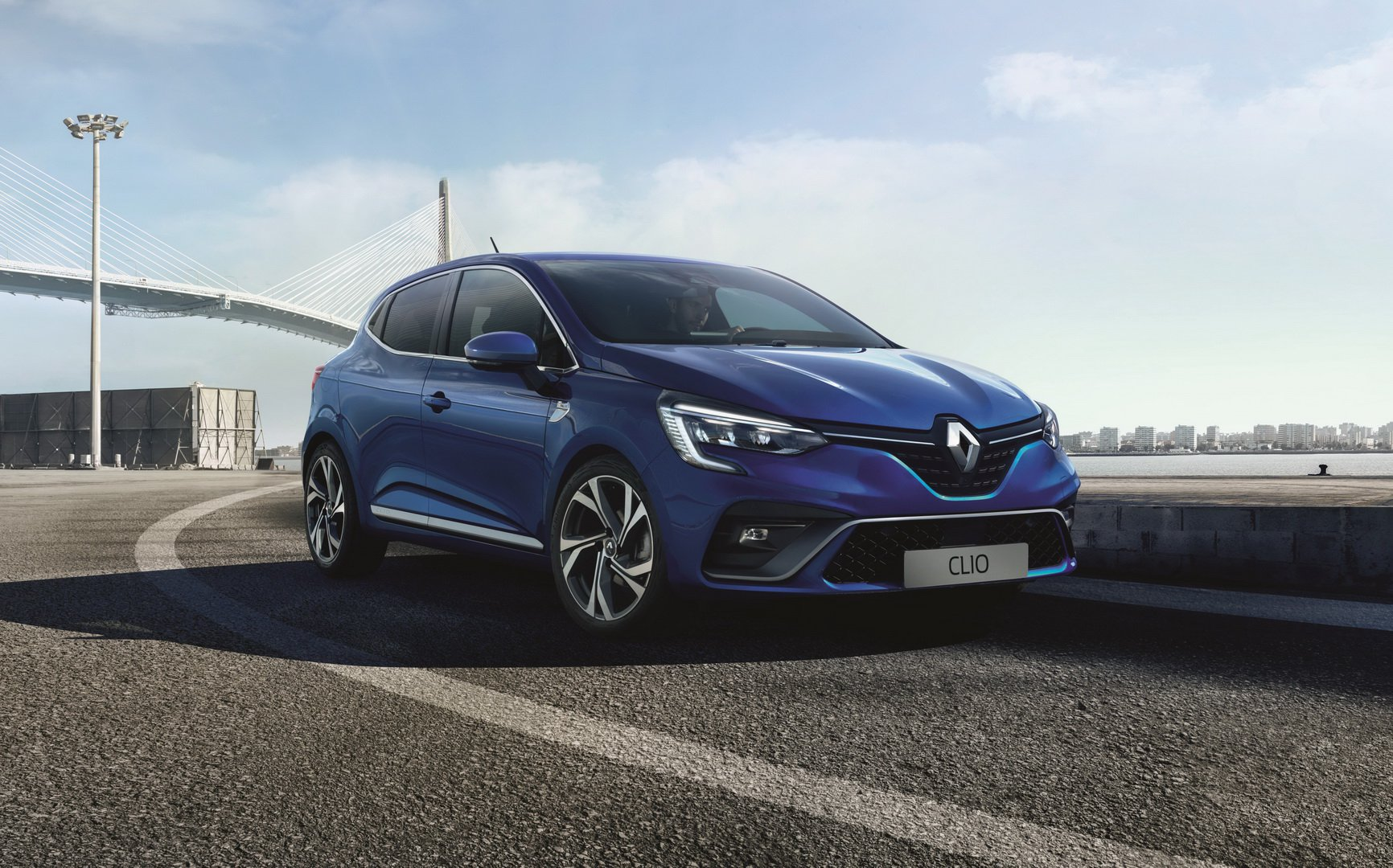 2019 renault clio adds r s line initiale paris trim. Black Bedroom Furniture Sets. Home Design Ideas