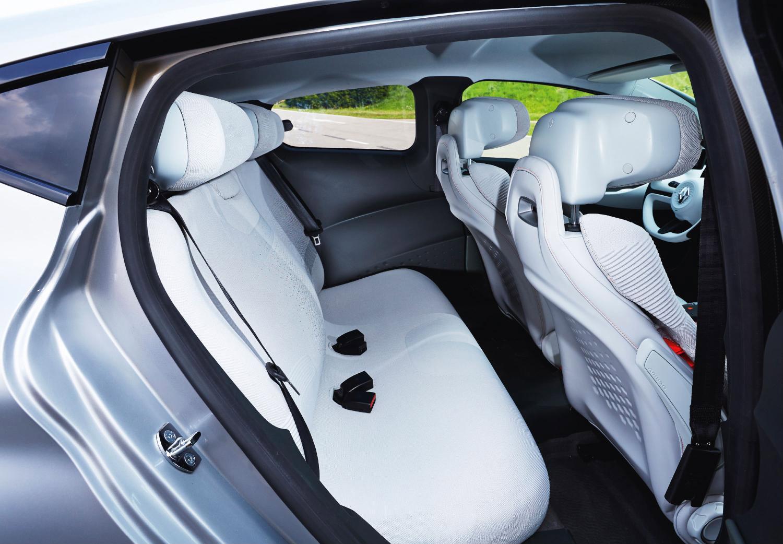 Задние сиденья Renault Eolab Concept